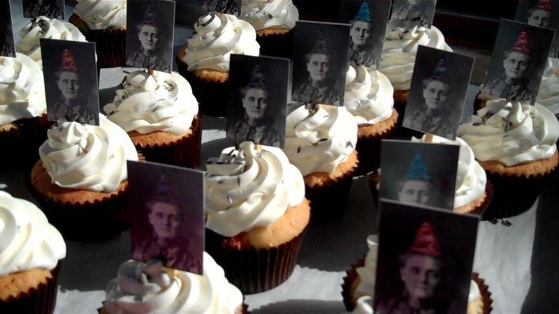 Jane Addams cupcakes 0 00 07-07
