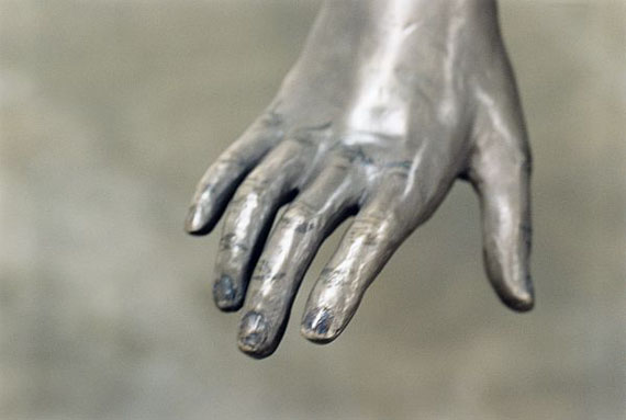 Kiki_smith_bronze_genevieve